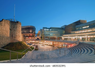 Southampton, UK. 24th July 2017. A twilight capture of the newly constructed 'Watermark Westquay' development of restaurants, bars and leisure facilities.