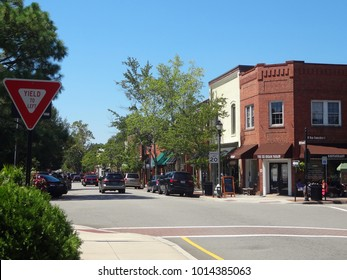 SOUTHERN PINES, NC/USA - SEPT 2016: Downtown Southern Pines, North Carolina
