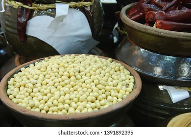 Soybeans, the raw material of soybean paste