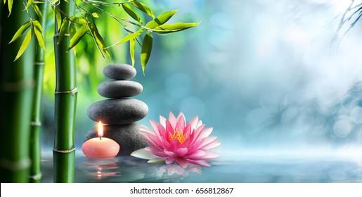 Спа - естественная альтернативная терапия с массажными камнями и водянистой водой
