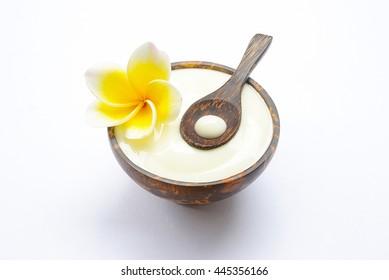 Spa natural yoghurt.