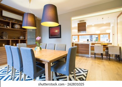 Spacious dinning room in modern house