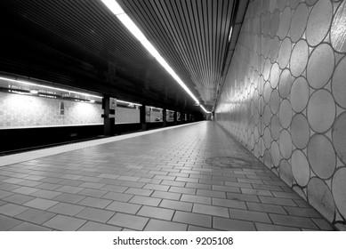 Spadina Metro Station, Toronto, Canada