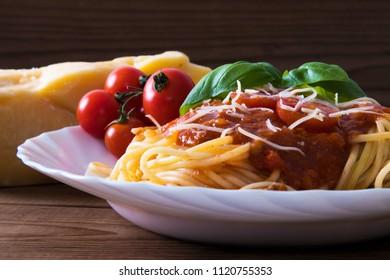 spaghetti bolognese with salsa, Italian pasta