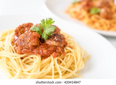 spaghetti and meatballs - italian food