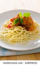 Spaghetti spaghetti pasta with tomato beef sauce