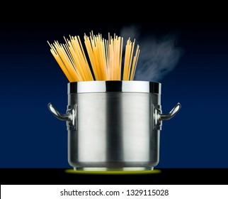 spaghetti pot on induction plate