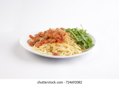 Spaghetti with sausage and vegetables