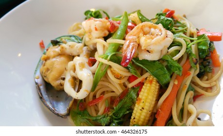 Spaghetti with Spicy Mixed Seafood,Seafood Cocktail close up