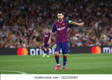 Spain, Barcelona, october 2 2019: Lionel Messi, fc Barcelona forward, gives advices in the second half during football match FC BARCELONA vs FC INTER, Champions League 2019/2020 day2, Camp Nou