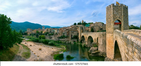 Besalú, Spain, Catalonia, panorama, summer, bright