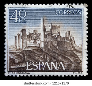 SPAIN - CIRCA 1968: A stamp printed by Spain, shows Castle Escalona, circa 1968