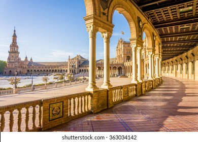 Spain Square (Plaza de Espana), Seville, Spain, built on 1928, it is one example of the Regionalism Architecture mixing Renaissance and Moorish styles.