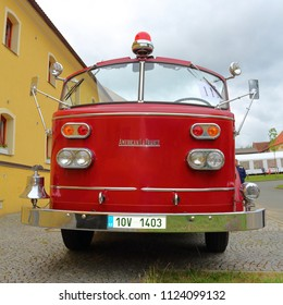 SPALENE PORICI, CZECH REPUBLIC - JUNE 23, 2018: Firefighters truck veteran American LaFrance from the front. Firefighters exhibition for public.