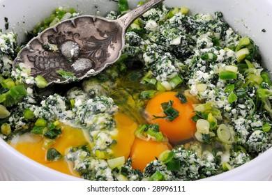 Spanikopita Pie Filling ((Cheese & Spinach Pie) - Greek