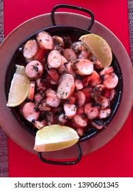 Spanish octupus tapas with lemon