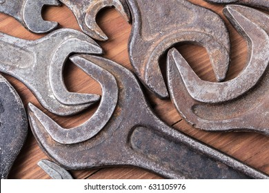 Spanners of various sizes close-up, abstract background