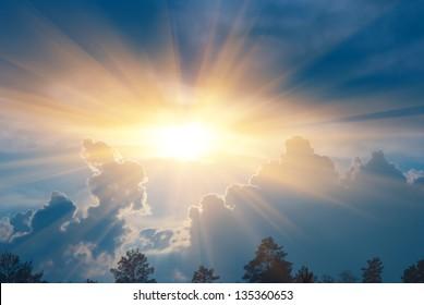 sparkle sun push through a dense clouds