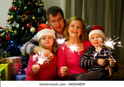 Sparklers and New Year with kids/Sparklers and New Year with kids