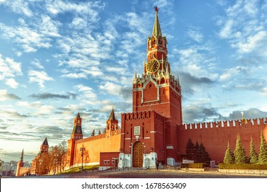 The Spasskaya Tower - the main tower of the Moscow Kremlin at Red Square, Moscow, Russia.