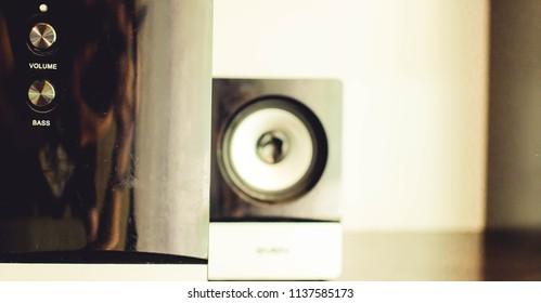 speakers music background