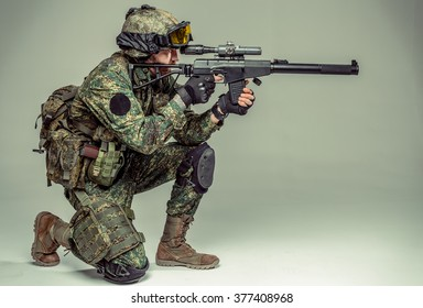 Special force soldier / strike ball player