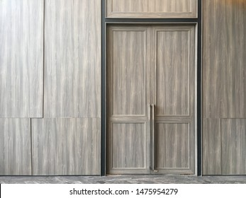 Special high wooden door used in meeting room. Ball room with double wooden door. Three maters high opened door. Laminated finishing doors and wall.