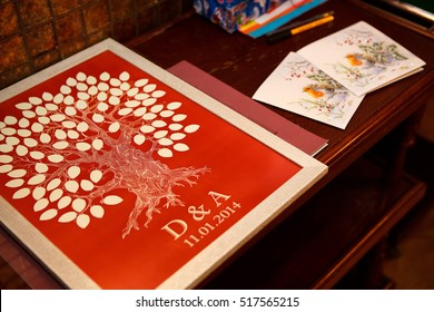 Special wedding book for the guests' fingerprints