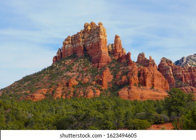 The spectacular afternoon colors of Sedona`s legendary Camel Head Rock sandstone formation.