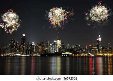 Spectacular fireworks over Midtown Manhattan
