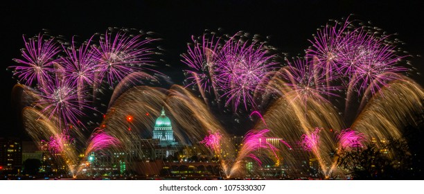 Spectacular fireworks over the Wisconsin State Capitol from across Lake Monona
