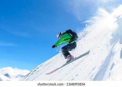 spectacular freeriding at the steep slopes of kitzsteinhorn
