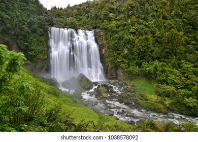 Spectacular Marokopa Falls in north island, New Zealand