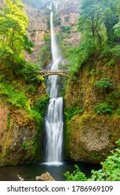 Spectacular Multnomah Falls Along Columbia Parkway in Oregon, USA