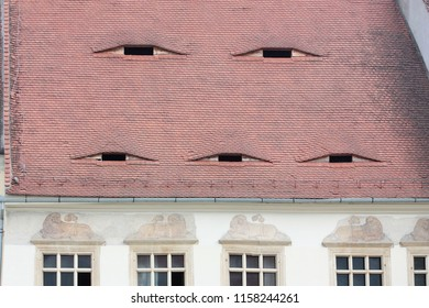 Spectacular romanian roofs with eyes in Transylvania
