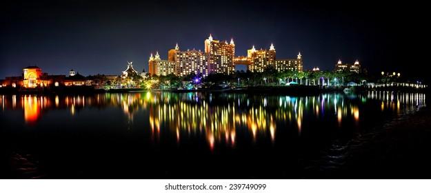 spectacular scene of Atlantis in Bahamas at night