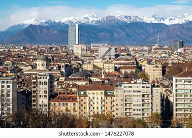 Spectacular view to the Torino's center from the viewing place
