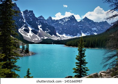The spectacular views of mountains, lakes and trails of the Canadian Rockies in Banff National Park in Alberta, Canada draws hikers from around the world to come for adventure travel.
