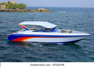 Speedboat navigating in the Gulf of Thailand Sea.