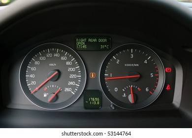 speedometer and tachometer with additional instruments