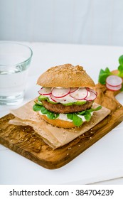 Spelt Burger with Angus beef, fresh radish, cucumber and lettuce