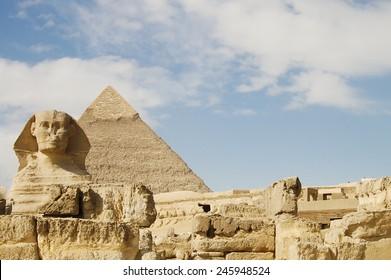 Sphinx & Khafre Pyramid - Egypt