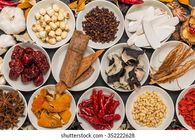 Spice dishes prepared with medicinal herbs Chinese medicine