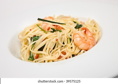 Spicy asian dish of shrimp and noodles