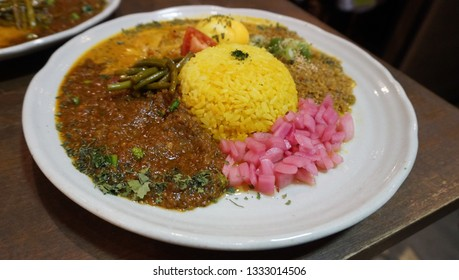 Spicy curry and rice