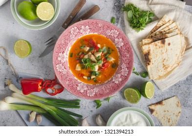 Spicy and delish indian food, with fresh vegetable and lime juice inside garlic dip