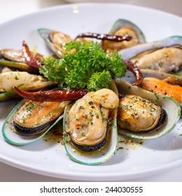 Spicy giant mussel