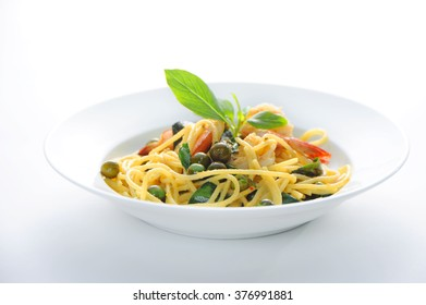 Spicy Green Curry With Spaghetti and Prawns , hot and spice menu