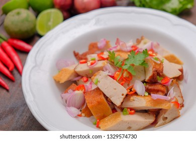 Spicy pork ball salad and thai food