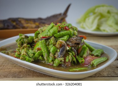 Spicy salad yardlong bean